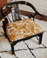 Otomi Horseshoe Club Chair