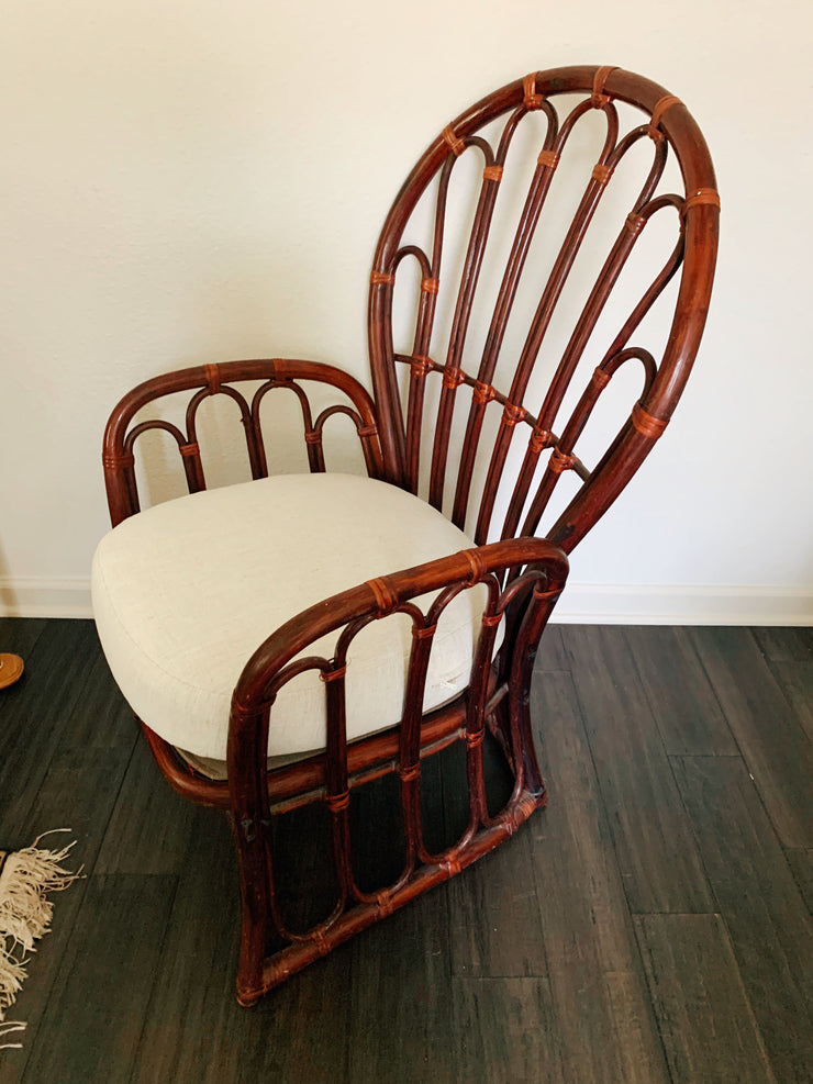 Rattan Peacock Cushioned Chair