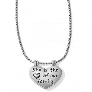 JL5910 Mom Is Queen Necklace