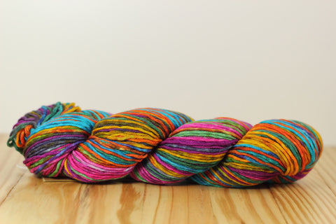 Uneek Worsted 4010 Fuscia Blue
