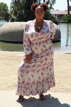 Summer Vacation Plunge Neck Maxi Dress