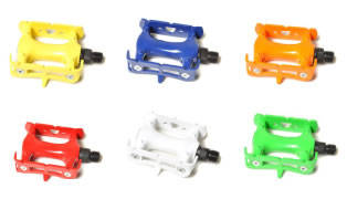products/001-COLORED-PEDALS_1.jpg