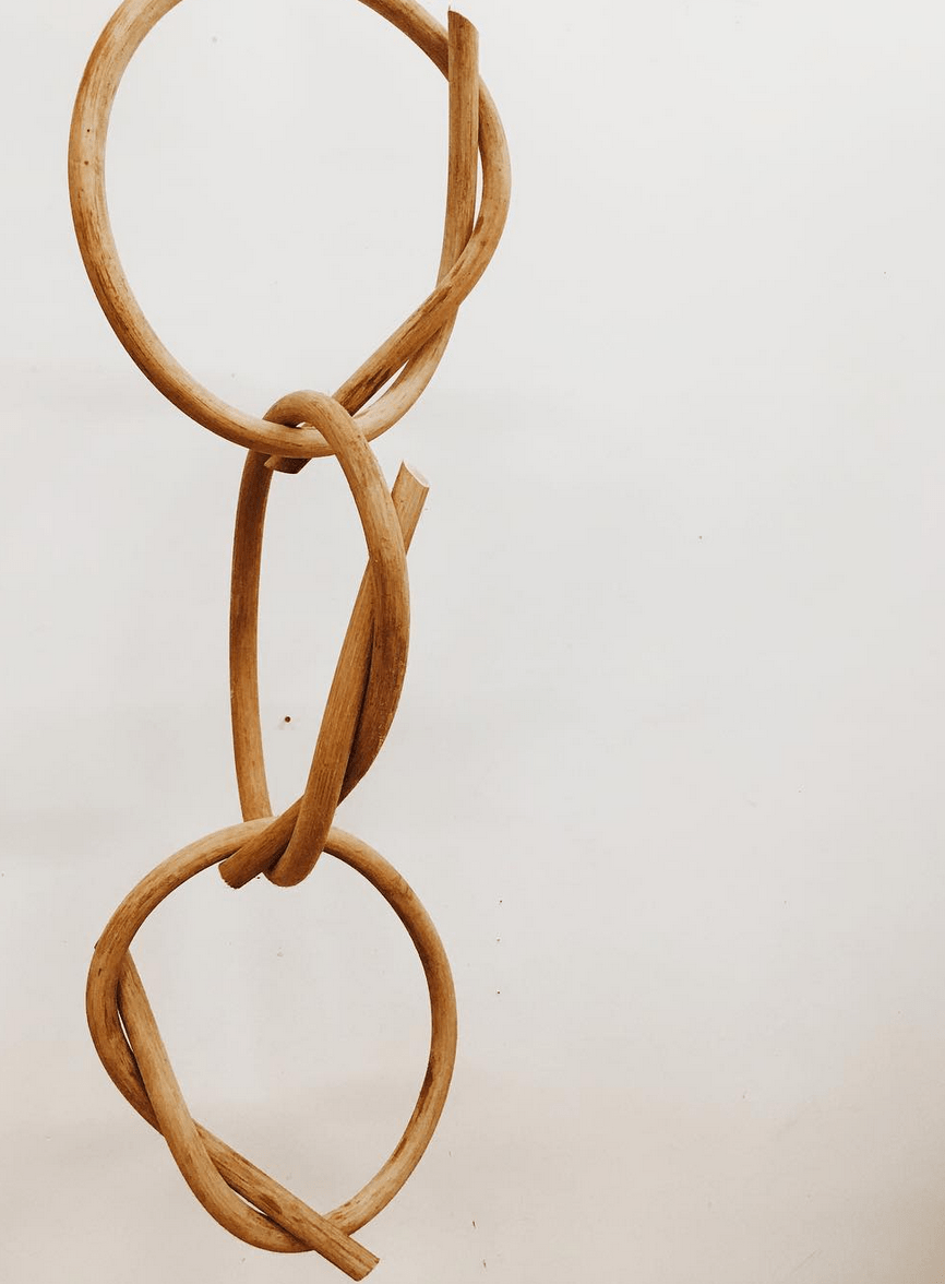 Knot Chain - Katie Gong
