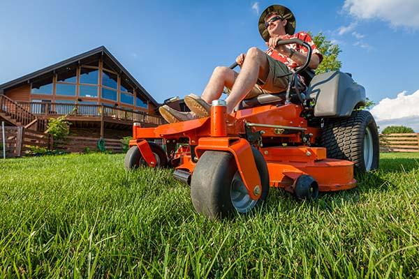 Choosing the Right Replacement Tyre for Your Lawn Mower - GEO Tyres Online