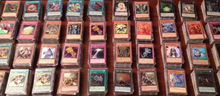 Load image into Gallery viewer, 1000 YUGIOH CARDS ULTIMATE LOT YU-GI-OH COLLECTION - 50 HOLO FOILS & RARES!