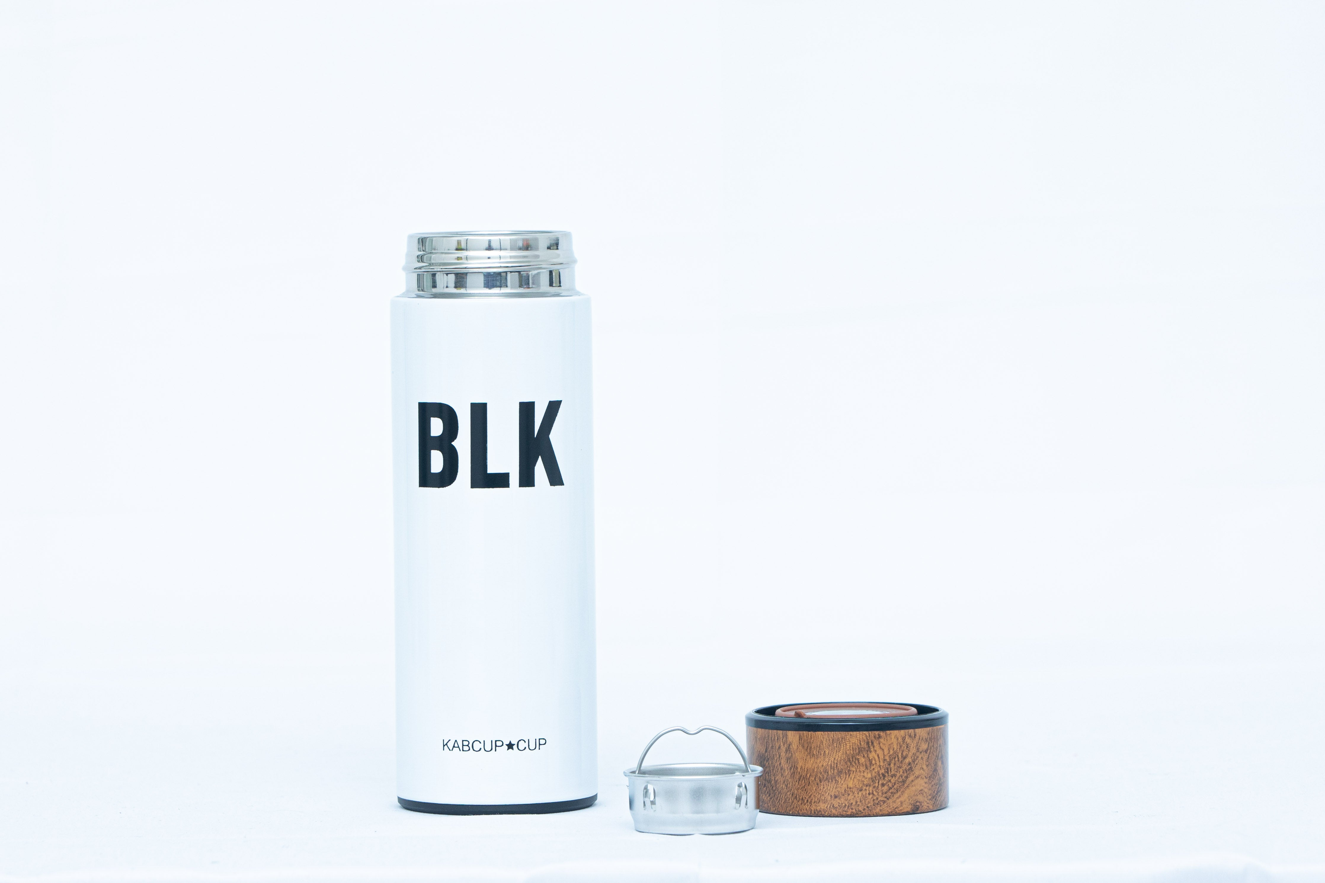 Wooden Lid Bottle In Metallic Colors With Built In Filter