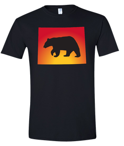 Short Sleeve T-Shirt Wyoming Black Black Bear Vibrant Design High Quality Tight Knit Ring Spun Low Maintenance Cotton Printed With The Newest Available Color Transfer Technology