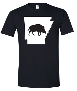 Short Sleeve T-Shirt Arkansas Black Wild Hog Vibrant Design High Quality Tight Knit Ring Spun Low Maintenance Cotton Printed With The Newest Available Color Transfer Technology