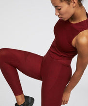 Load image into Gallery viewer, Seamless gym leggings and tank top