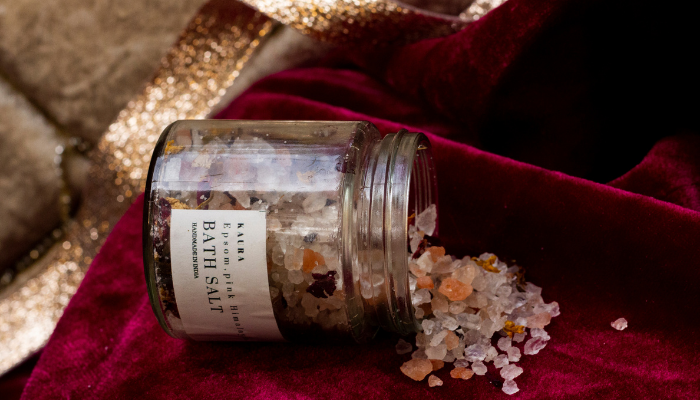 Bath Salts | Essential Benefits & How To Use It Without Bathtub?