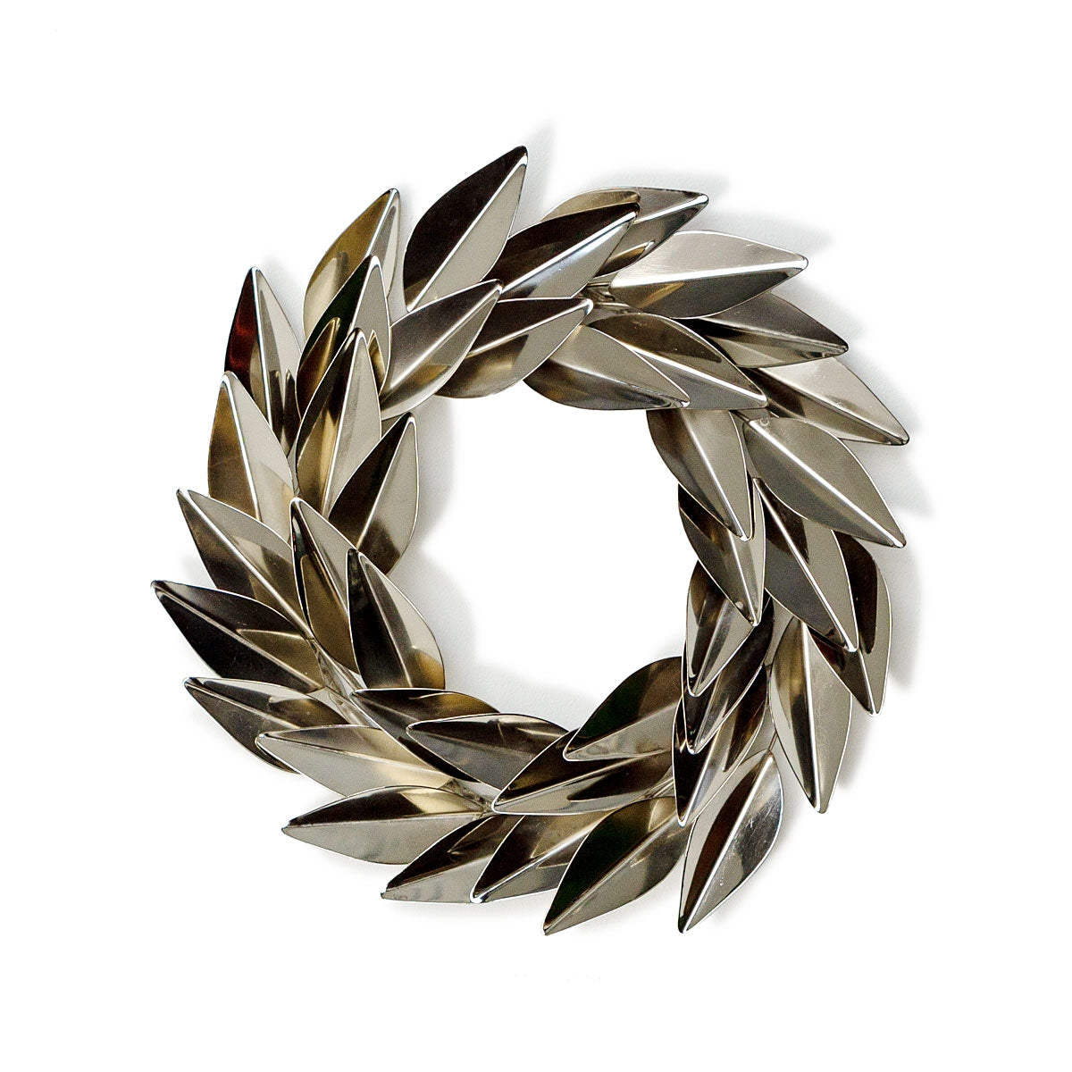 "Laurel Wreath 12.4""D Stainless"