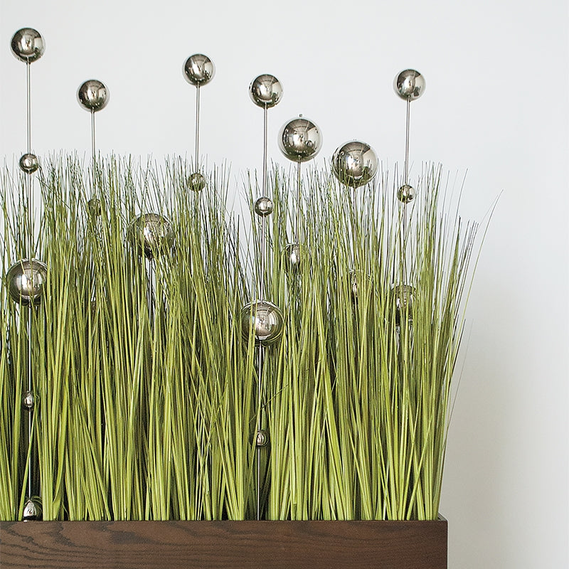Grass: Japanese Grass with Stainless Ball Sway