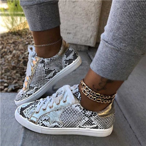Women Sneakers Casual Shoes Colorful Lace-Up Snake Pattern Star Tenis Feminino Flat Ladies Vulcanized Zapatos De Mujer