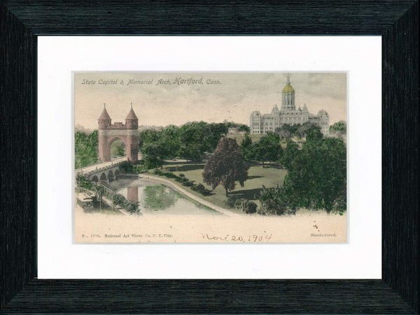 Vintage Postcard Front - Connecticut State Capitol & Memorial Arch