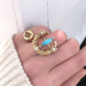 Signet Ring with Cosmo Made by Ivry Belle Jewelry / Signet Ring with Cosmo