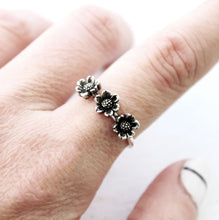Load image into Gallery viewer, Daisy Ring / Daisy Ring Made by Ivry Belle Jewelry