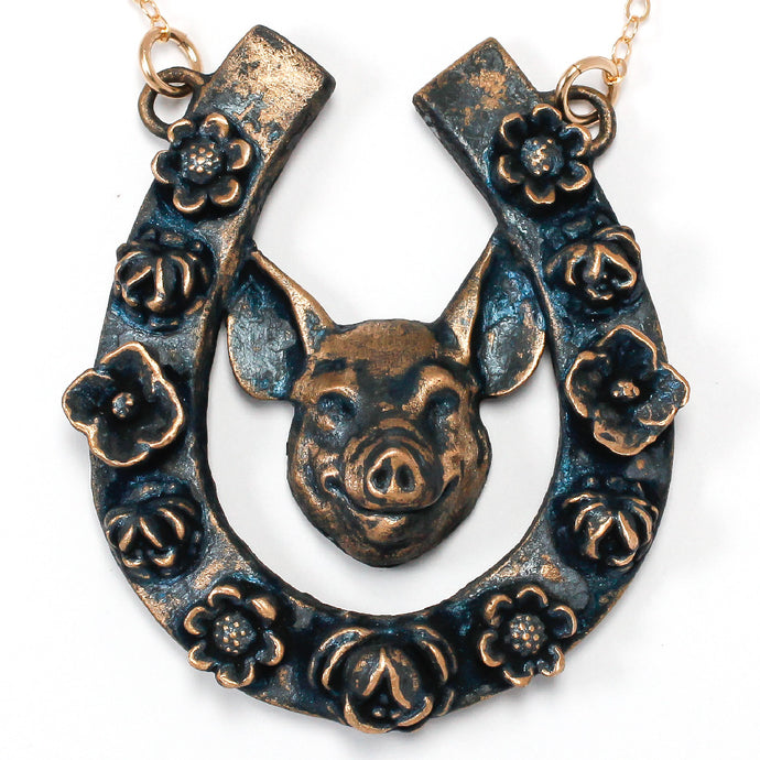 Horseshoe Pendant with Pig / Horseshoe Pendant with Pig Made by Ivry Belle Jewelry