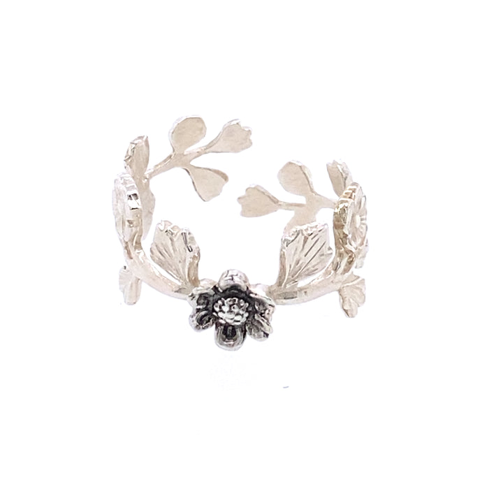 Floral Vine Ring with Daisy Made by Ivry Belle Jewelry