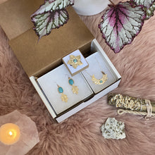 Load image into Gallery viewer, Turquoise Love Power / Gift Box made by Ivry Belle Jewelry