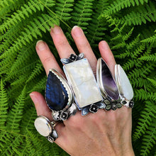 Load image into Gallery viewer, Lilac Moonstone Ring