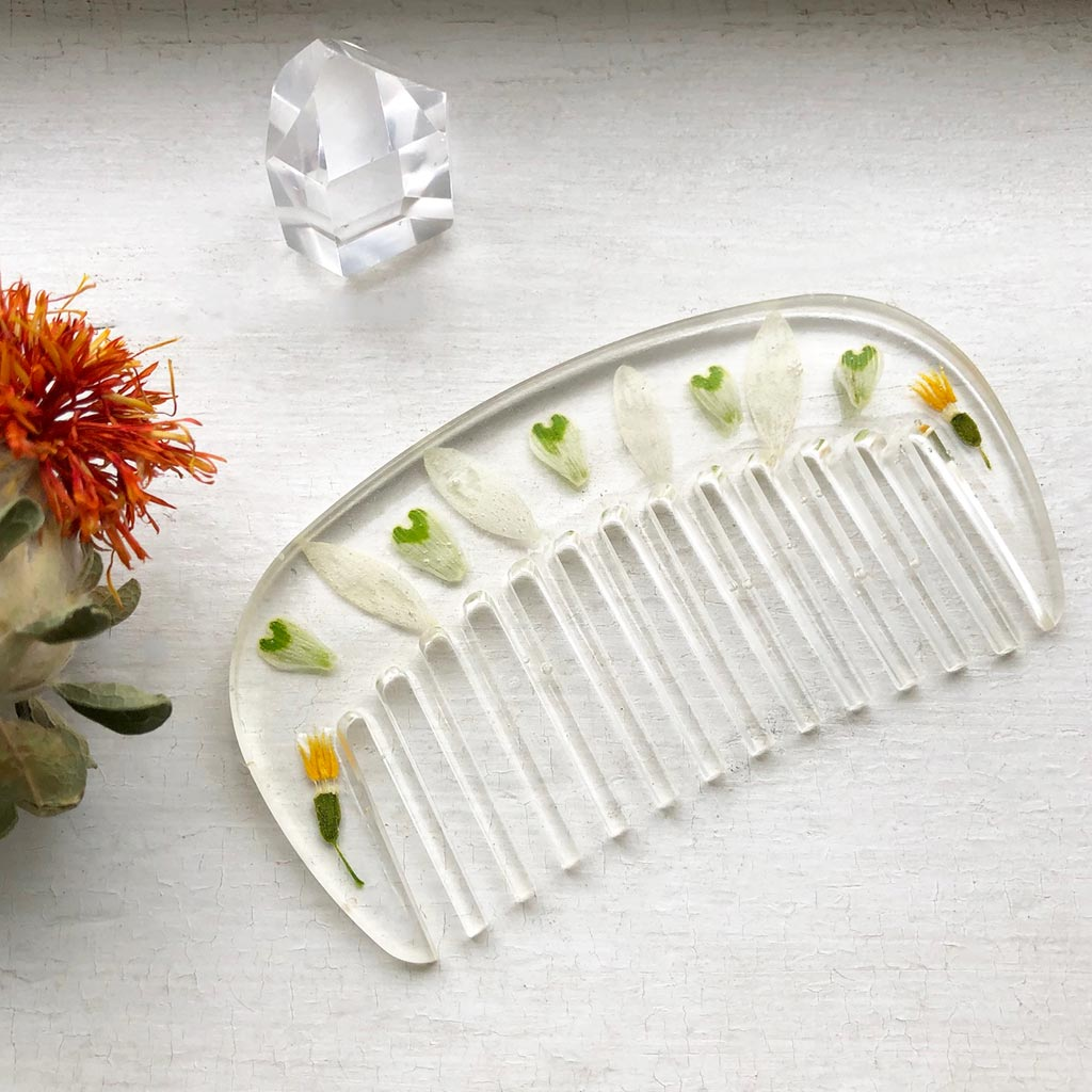 Snowdrop Wildflower Hair Comb / Snowdrop Wildflower Hair Comb Made by Ivry Belle Jewelry