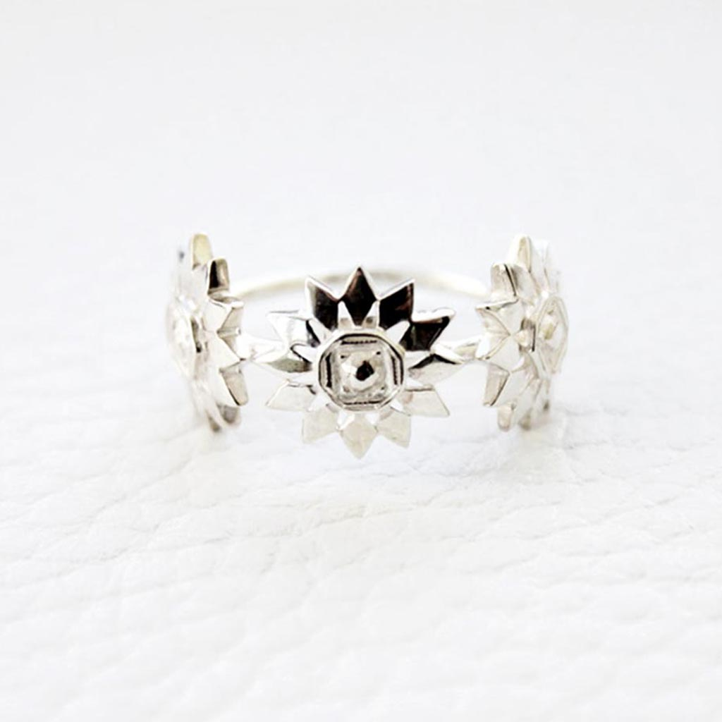 three sunflowers on a sterling silver ring