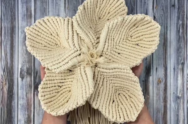 Big Macrame Flower Pattern