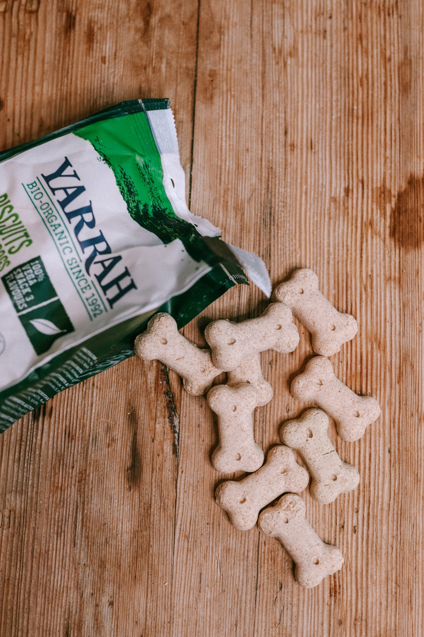 Vegan & Organic Small Dog Biscuit, Yarrah