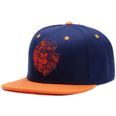Casquette tete de lion orange.