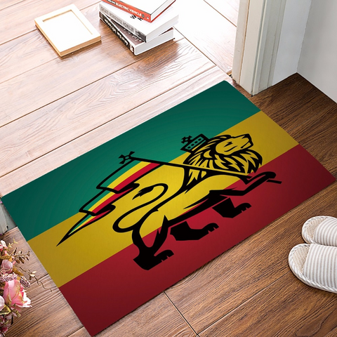 Tapis lion couleurs rasta.