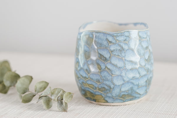 Carved Surface Everything Cup in Periwinkle