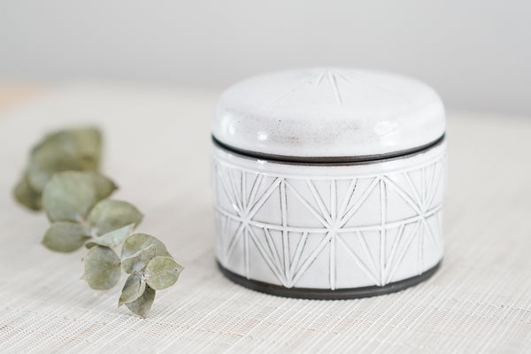 Small Lidded Jar in Gloss White on Black Clay