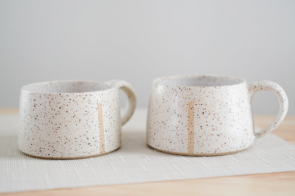 Pair of Single Stripe White Speckled Mugs 12oz