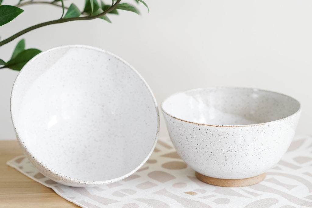 Pair of Noodle Bowls in Rustic White Sands