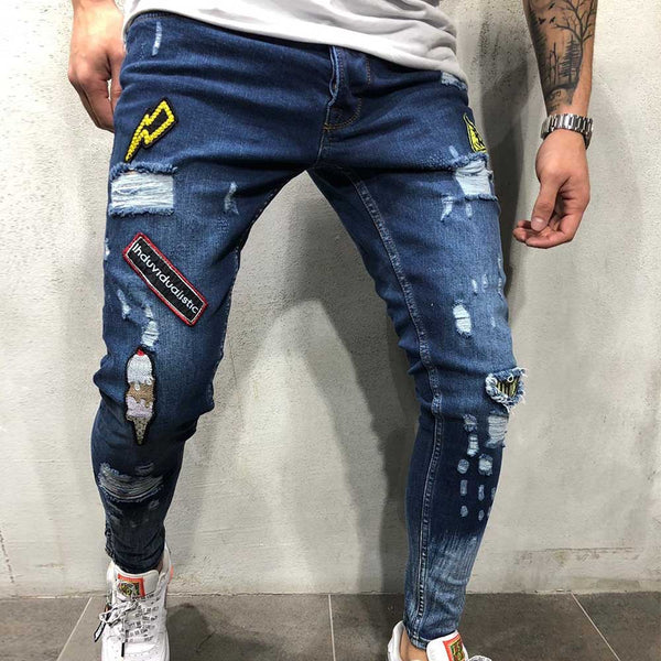 Embroidered Hole Jeans