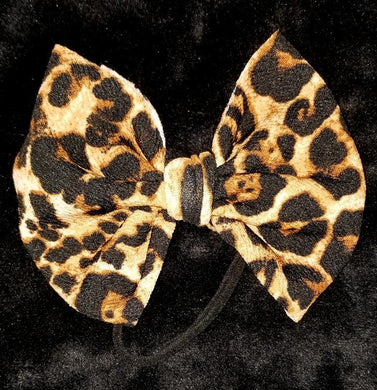 Lovely Leopard Bow