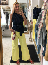 Laden Sie das Bild in den Galerie-Viewer, Culotte-Jeans