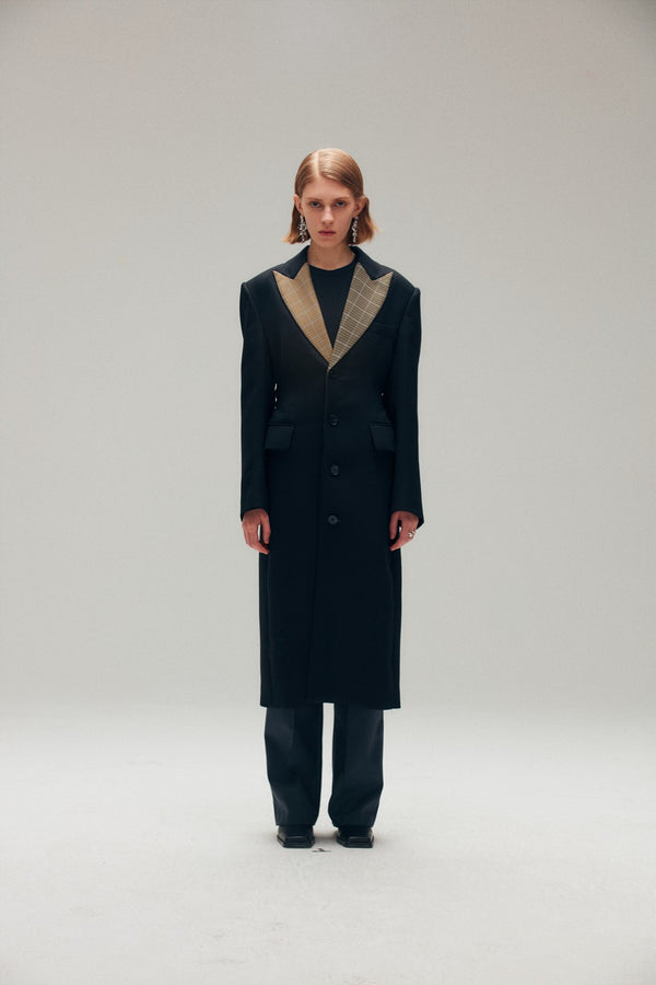 Black Coat with Checked Collar - AMNUE