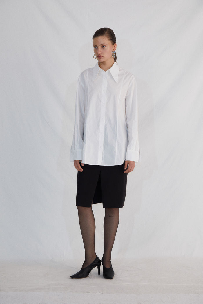 WHITE SHIRT - AMNUE