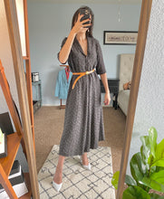 Load image into Gallery viewer, 100% Silk Midi Dress