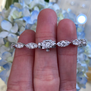 White Gold Ribbon Style Diamond Bracelet