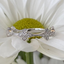 Load image into Gallery viewer, Unique Diamond & Milgrain Wedding Band