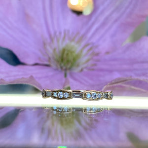 Baguette & Round Diamond Band
