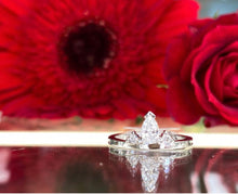Load image into Gallery viewer, Pear Shaped Diamond Ring