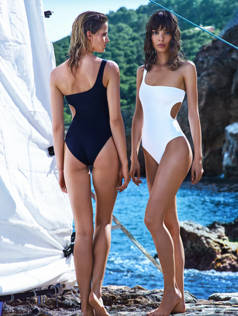 CASSIOPEA Swimsuit Black - Les Goodies