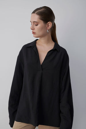 Rose Black Shirt