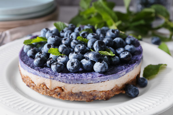BERRY AND DATE CHEESECAKE