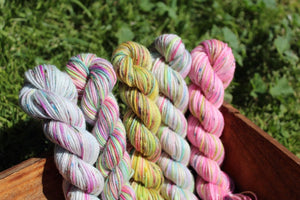 Mini Skein Icing 4ply