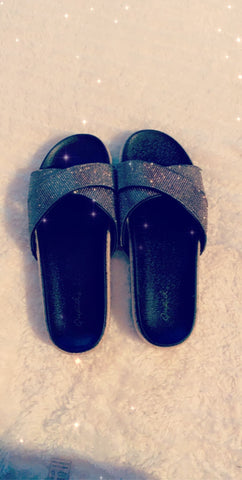 Glitter Slip-On Flip Flop Flats (Black)