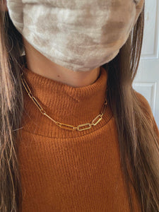Hooked On Me Chain Necklace